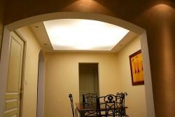 Plafond tendu lumineux pour salle à manger d'un particulier à Marseille (13)