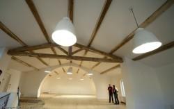 Pose d'un plafond tendu chauffant au château de Calavon à Lambesc