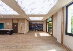 Mur tendu avec impression numérique et plafond tendu lumineux acoustique